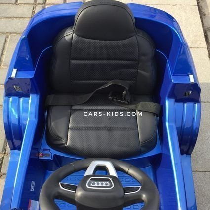 Электромобиль Audi Q7 S-line красный (резиновые колеса, кожа, пульт, музыка, ГЛЯНЦЕВАЯ ПОКРАСКА)