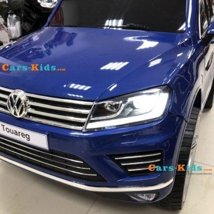 Электромобиль Volkswagen Touareg синий (колеса резина, кресло кожа, пульт, музыка, усиленный акб)